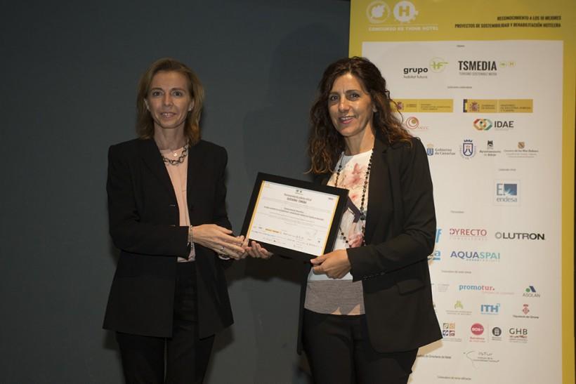 Hotel Boutique La Isla y el Mar premiado entre los 10 mejores hoteles en sostenibilidad y rehabilitación hotelera en España.